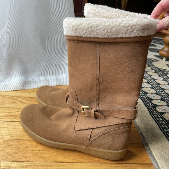 Coach fur lined boots